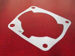 sylinterin alatiiviste - Honda NSR125 ´89 ->