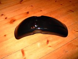 etulokasuoja - Honda Monkey ´89-99 - musta