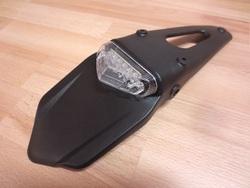 takalokasuojan jatke - kirkas LED kolmio ( hyväksytty )