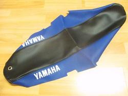 istuimen päällinen, Yamaha DT50 ´04- ( sini/musta tekstillä )