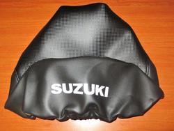 istuimen päällinen Suzuki PV50 - hiilikuitu/musta ( tekstillä )