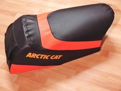istuimen verhoilu - Arctic Cat F5 Firecat
