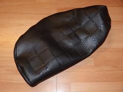 istuimen päällinen Suzuki PV50 - vanha malli ( tekstillä ) musta