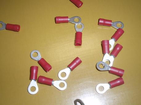 rengasliitin M4 - punainen ( 0.25 - 1mm² johdolle )