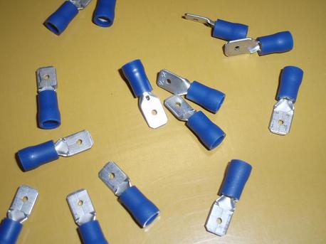 lattaliitin uros - sininen 6.3mm ( 1.5 - 2.5mm² johdolle )