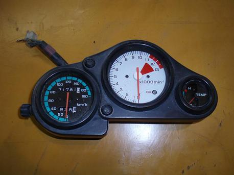 Honda NSR125 mittaristo