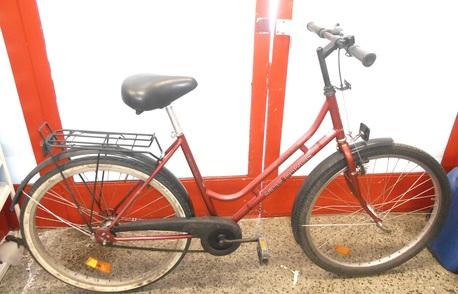 """Helkama Nice Power polkupyörä 26"""" - ( 1 vaihteinen ) punainen"""